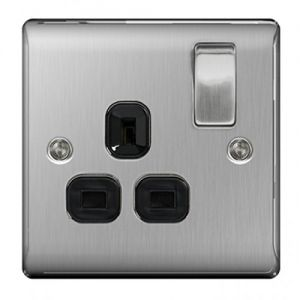Nexus Metal Single 13A Plug Socket, Brushed Steel, Black Inserts